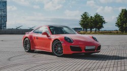 Аренда Porsche 911 Carrera 4S в Москве