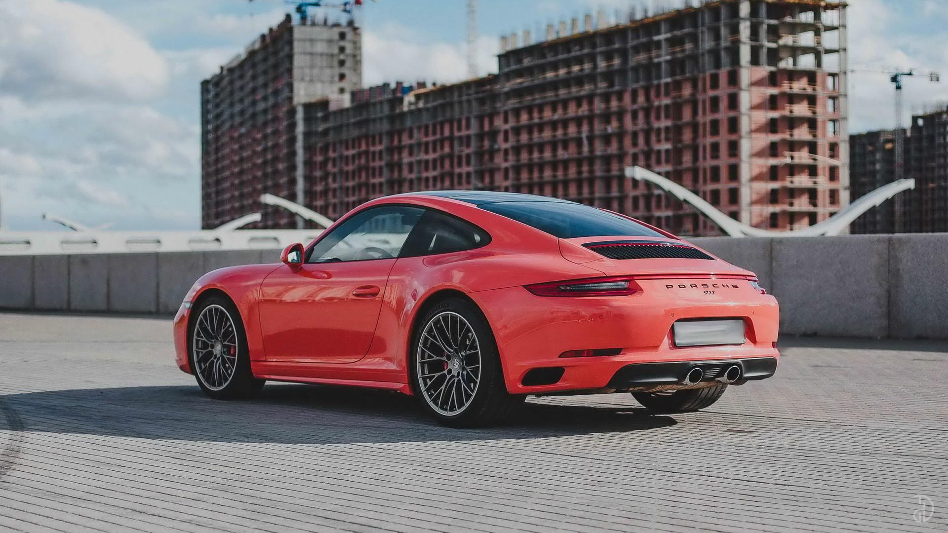 Porsche 911 Carrera 4S. Фото 3