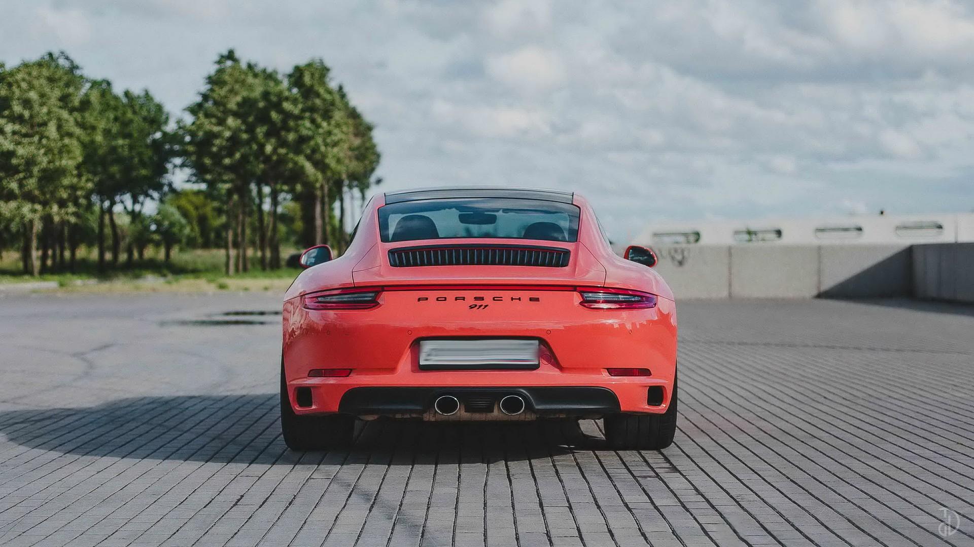 Porsche 911 Carrera 4S. Фото 6