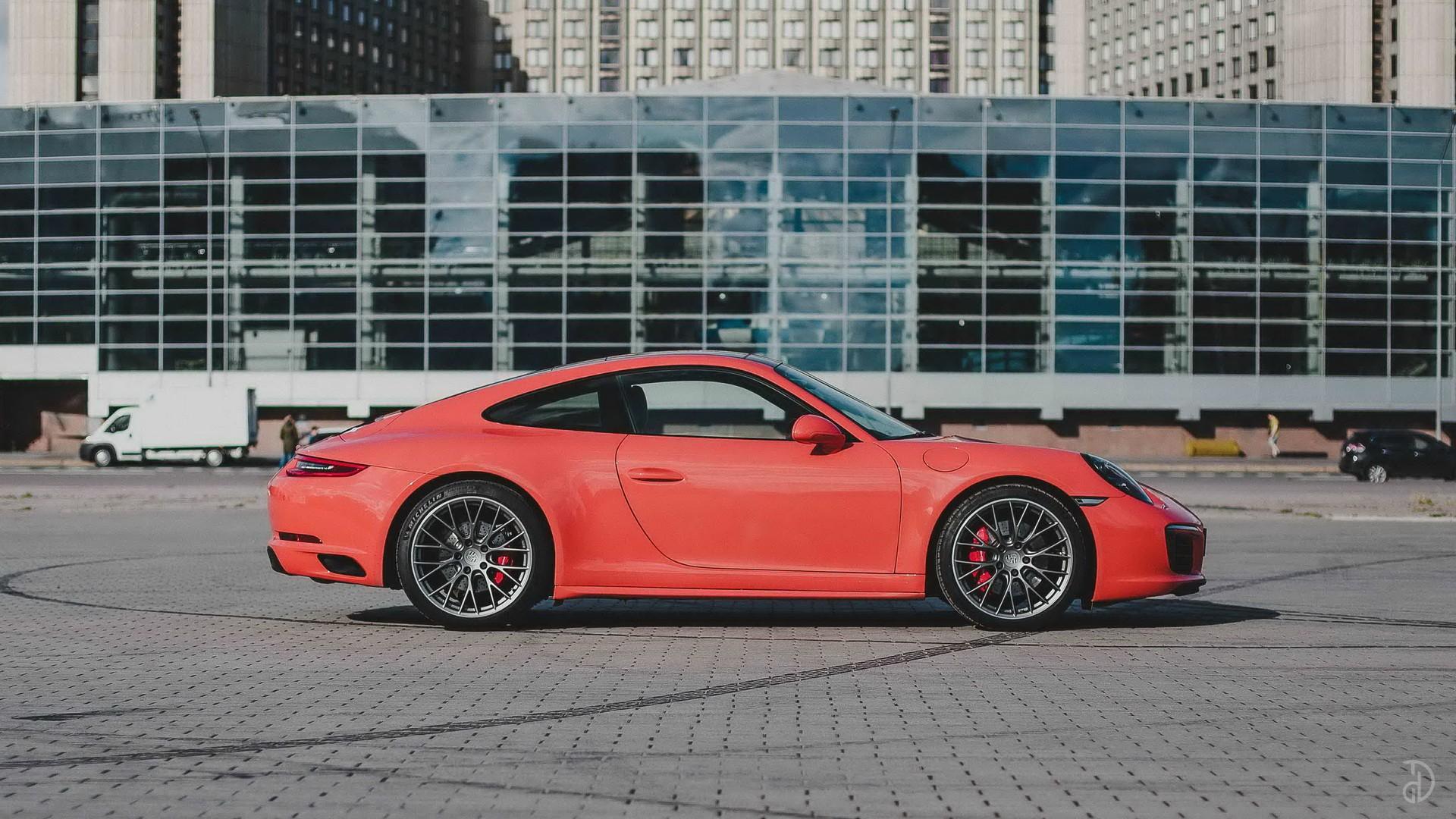 Porsche 911 Carrera 4S. Фото 7