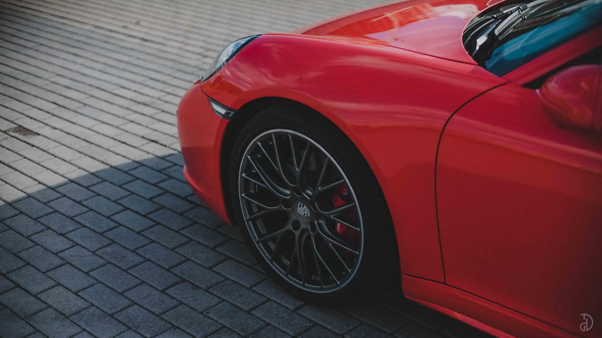 Porsche 911 Carrera 4S. Фото 8