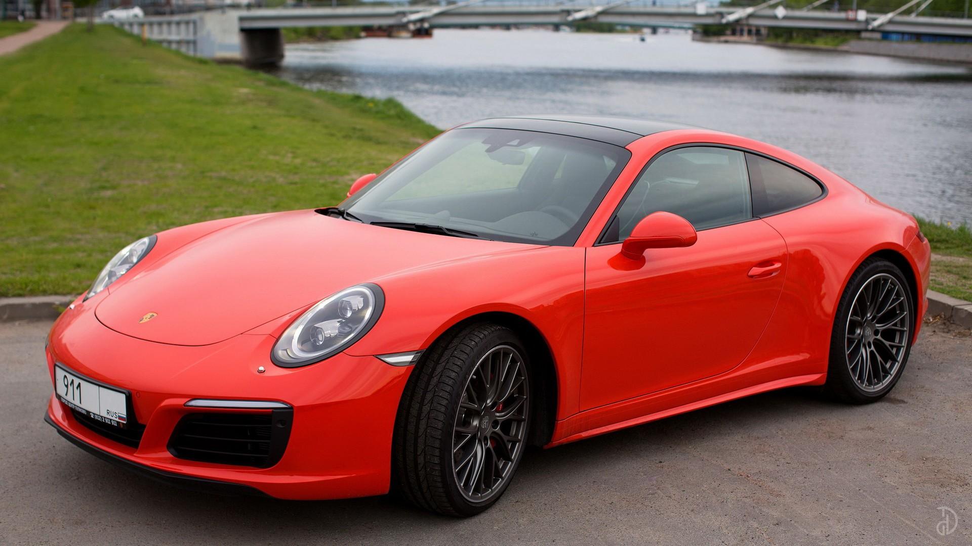Porsche 911 Carrera 4S. Фото 2
