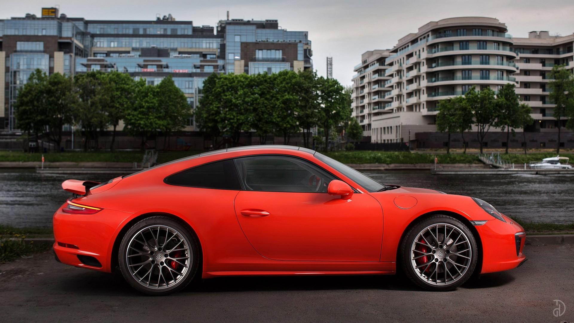 Porsche 911 Carrera 4S. Фото 4