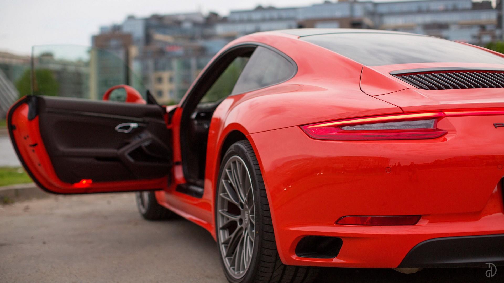 Porsche 911 Carrera 4S. Фото 10