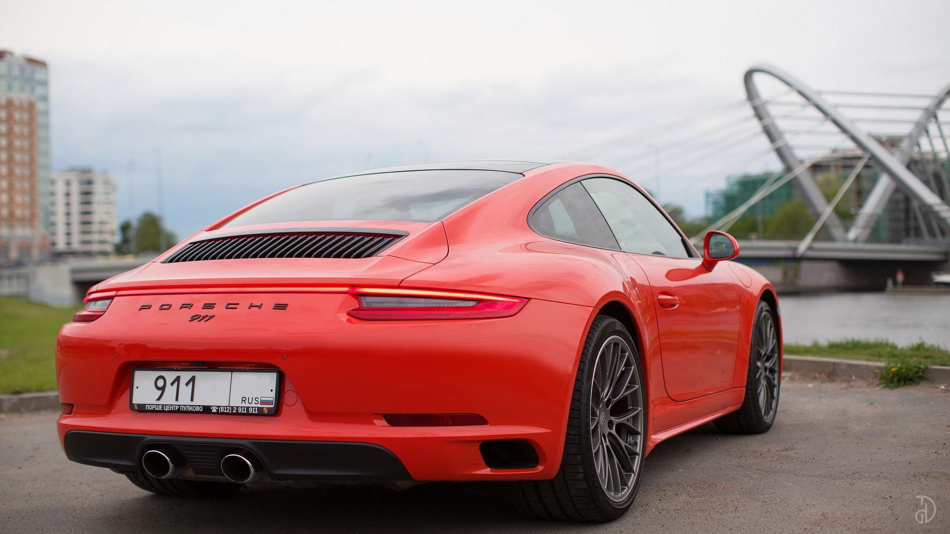 Porsche 911 Carrera 4S. Фото 11