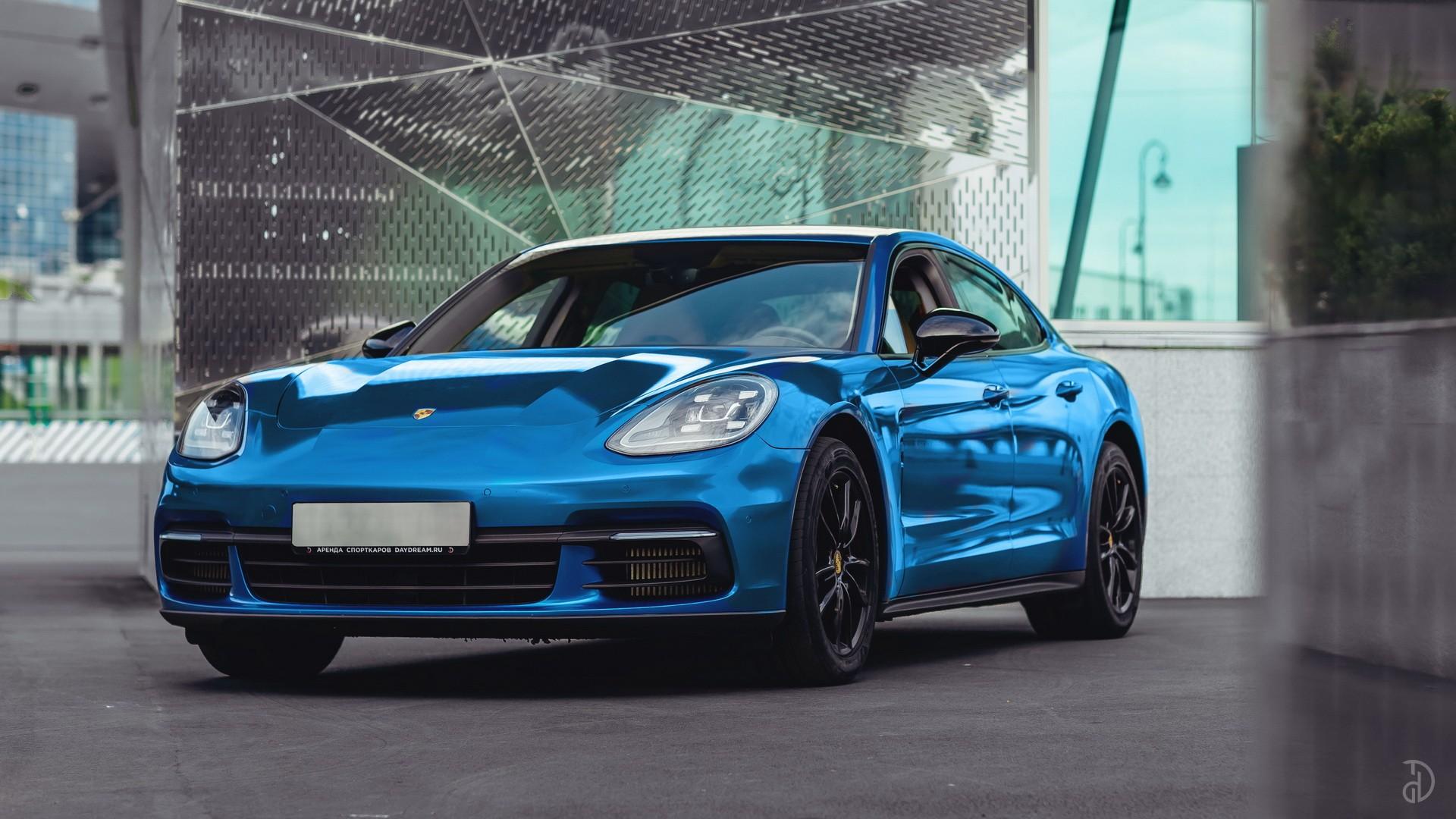 Porsche Panamera 4S. Фото 1