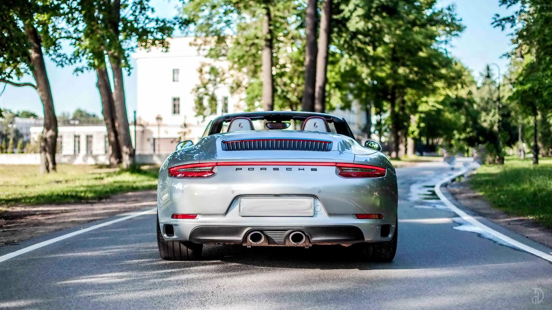 Аренда Porsche 911 Carrera 4S Cabriolet в Москве. Фото 5