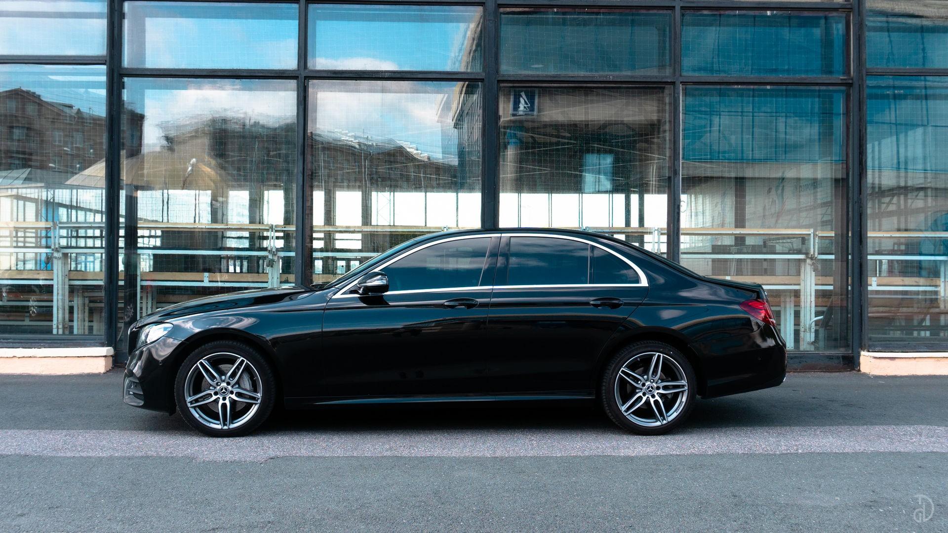 Аренда Mercedes E 200 AMG Style (W213) в Москве. Фото 4