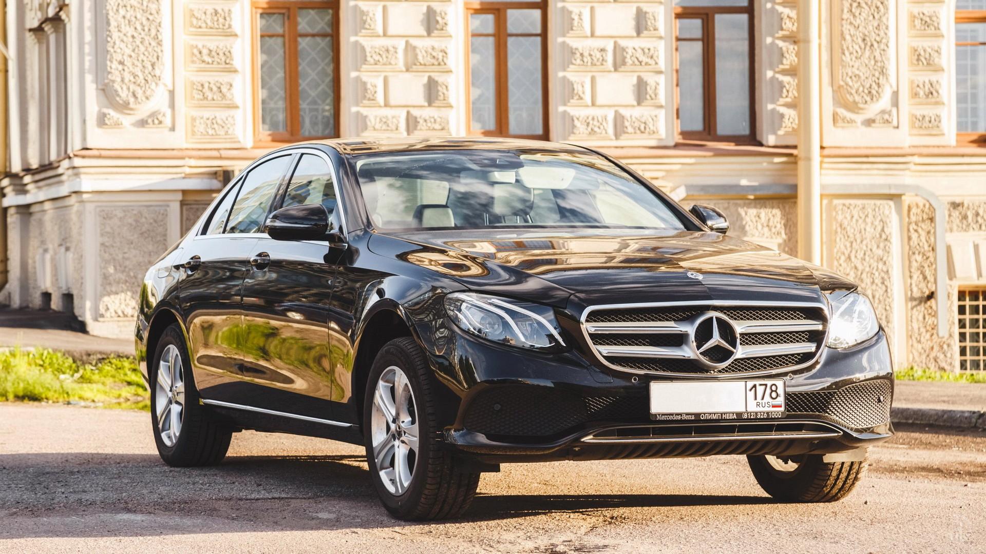 Mercedes E 200 (W213). Фото 1