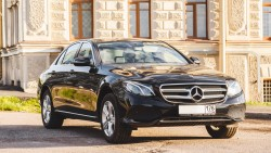 Mercedes E 200 (W213)