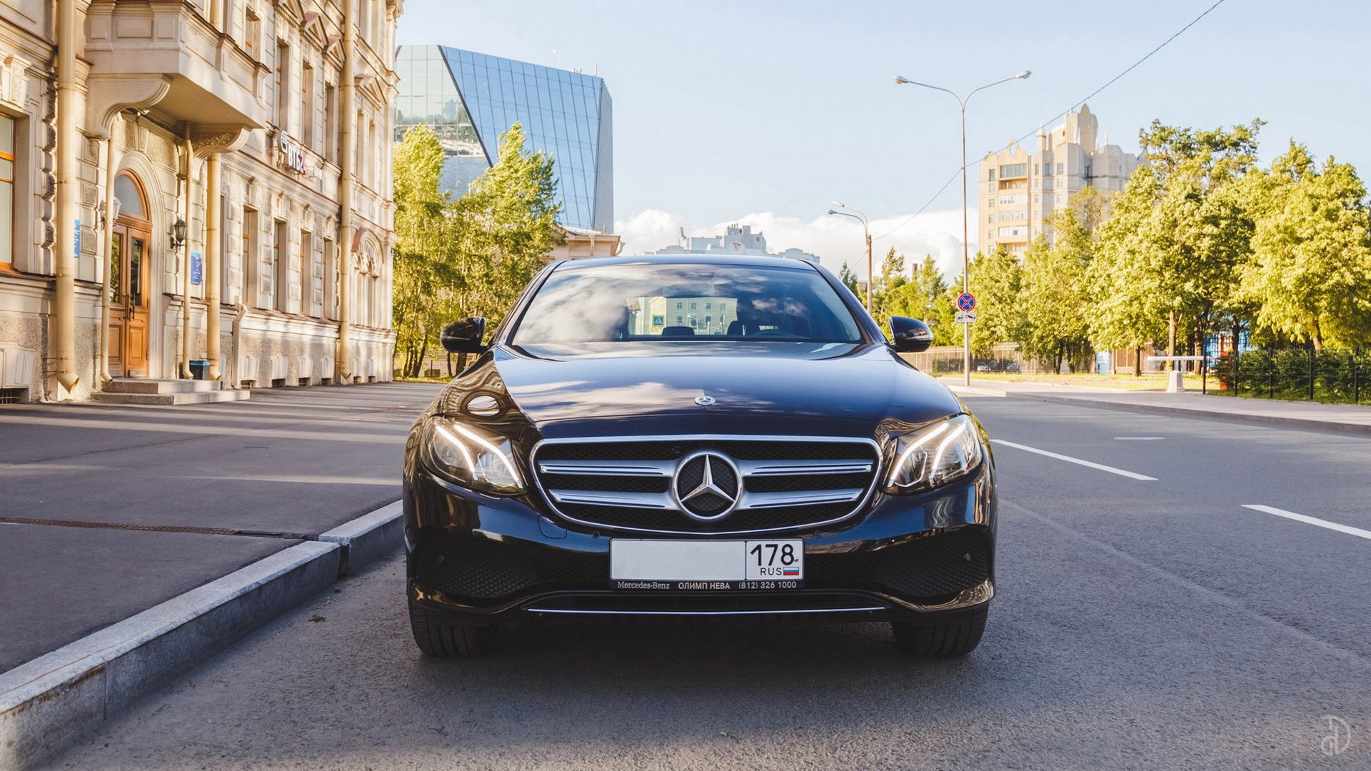 Mercedes E 200 (W213). Фото 3