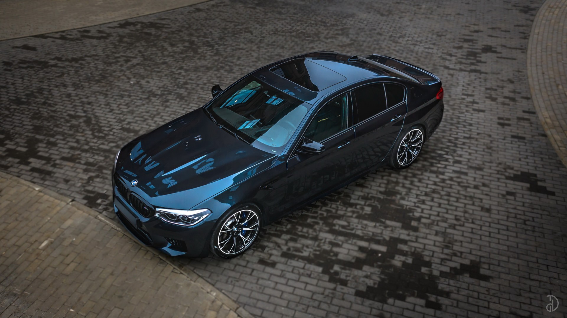 BMW M5 Competition (F90). Фото 4