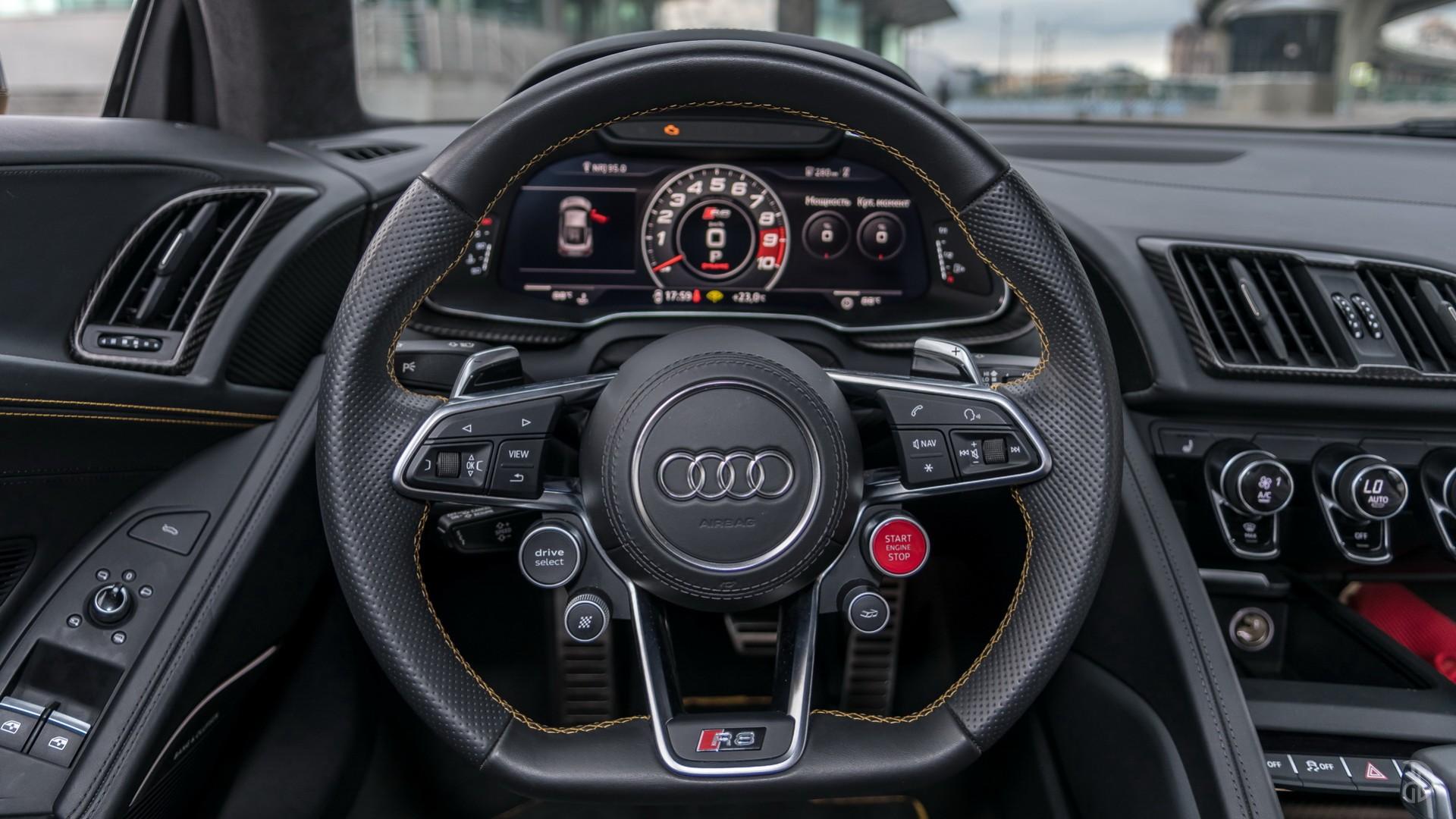 Audi R8. Фото 10