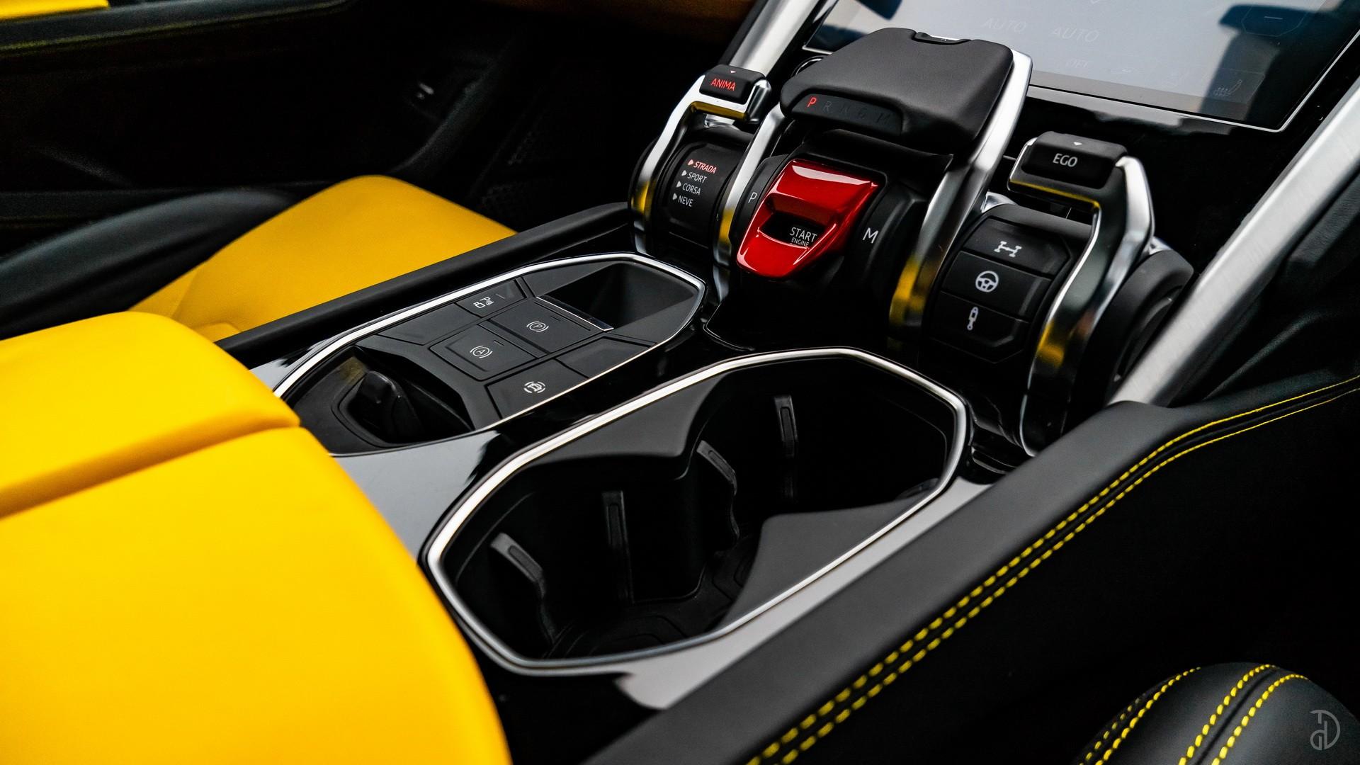 Lamborghini Urus. Фото 9