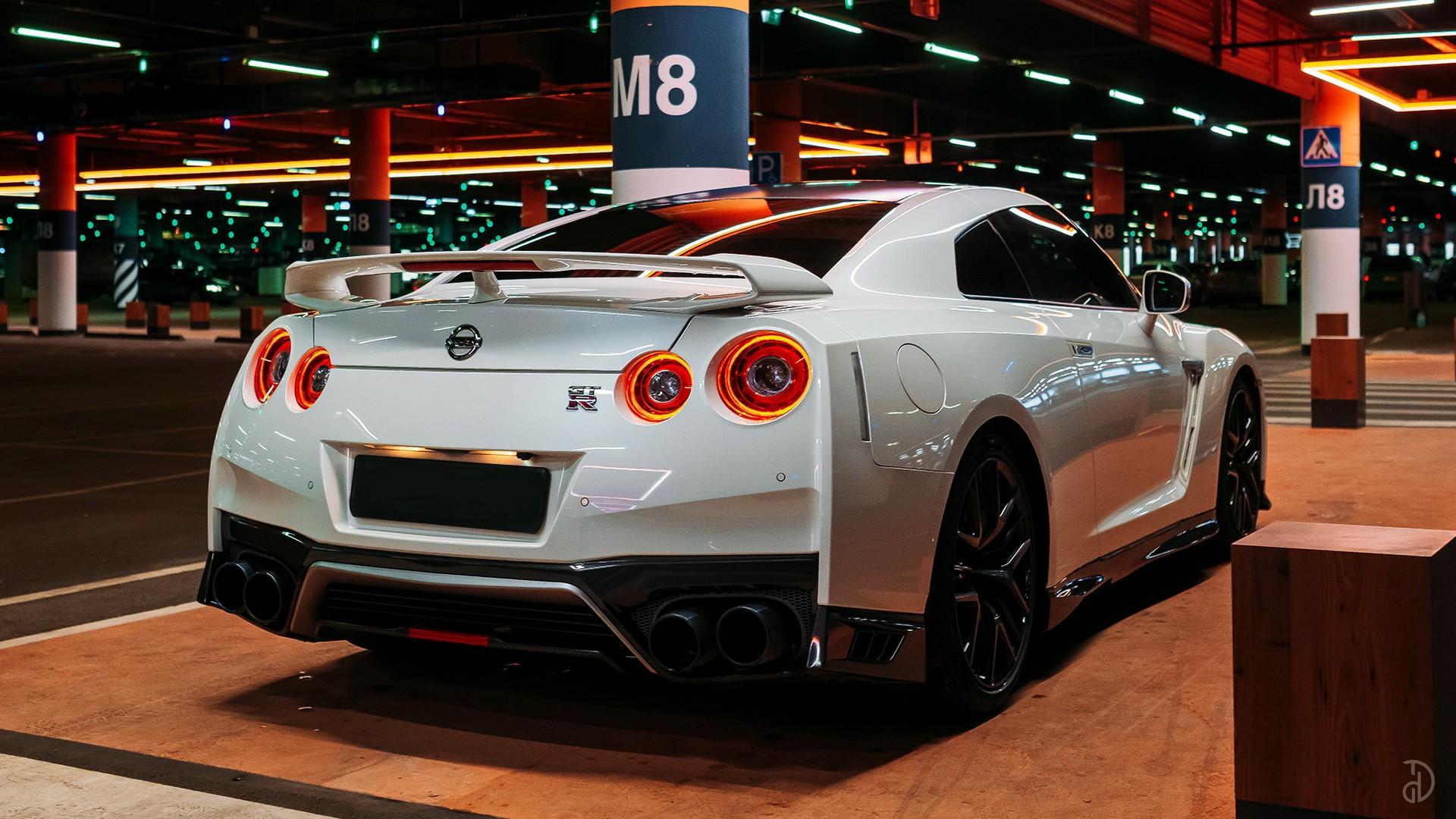 Nissan GTR. Фото 2