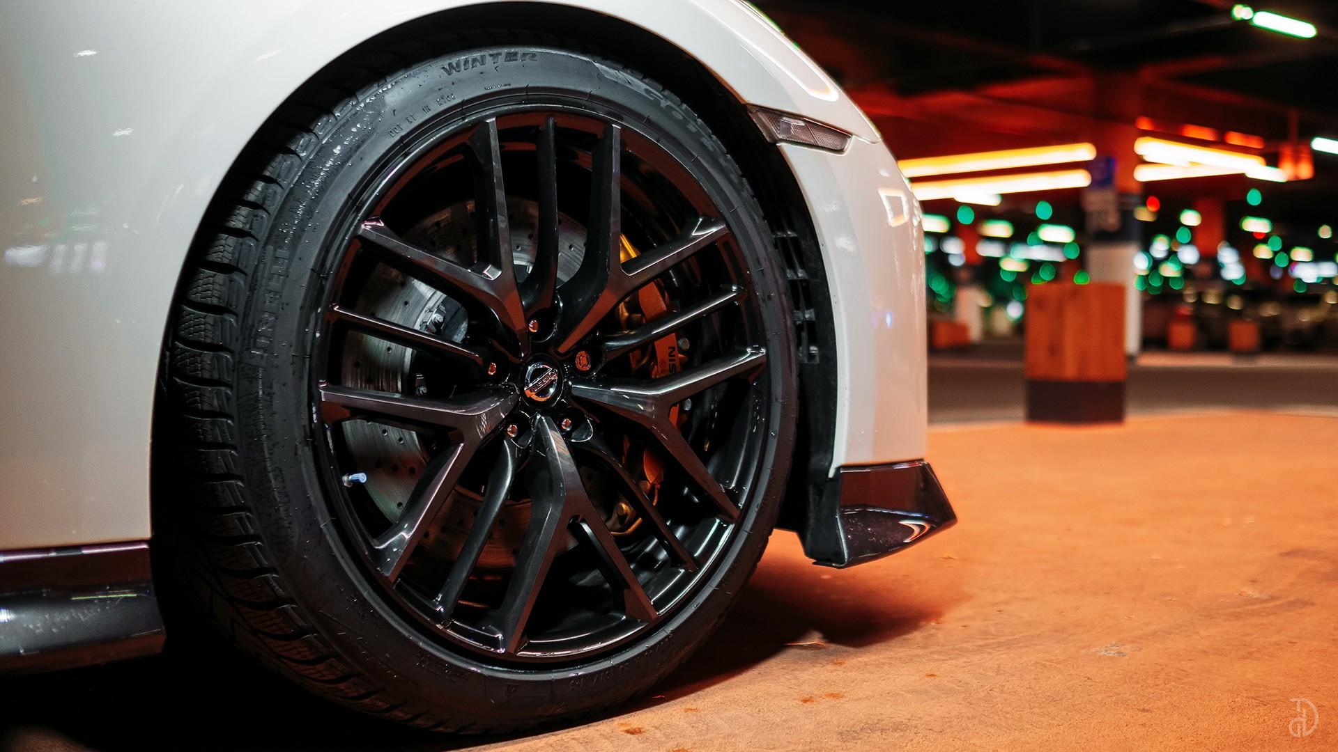 Nissan GTR. Фото 6