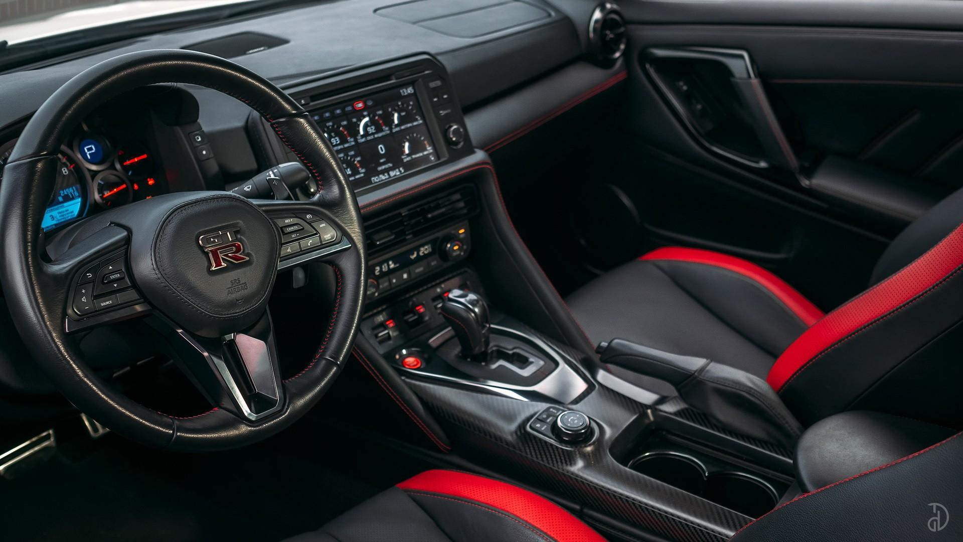 Nissan GTR. Фото 9