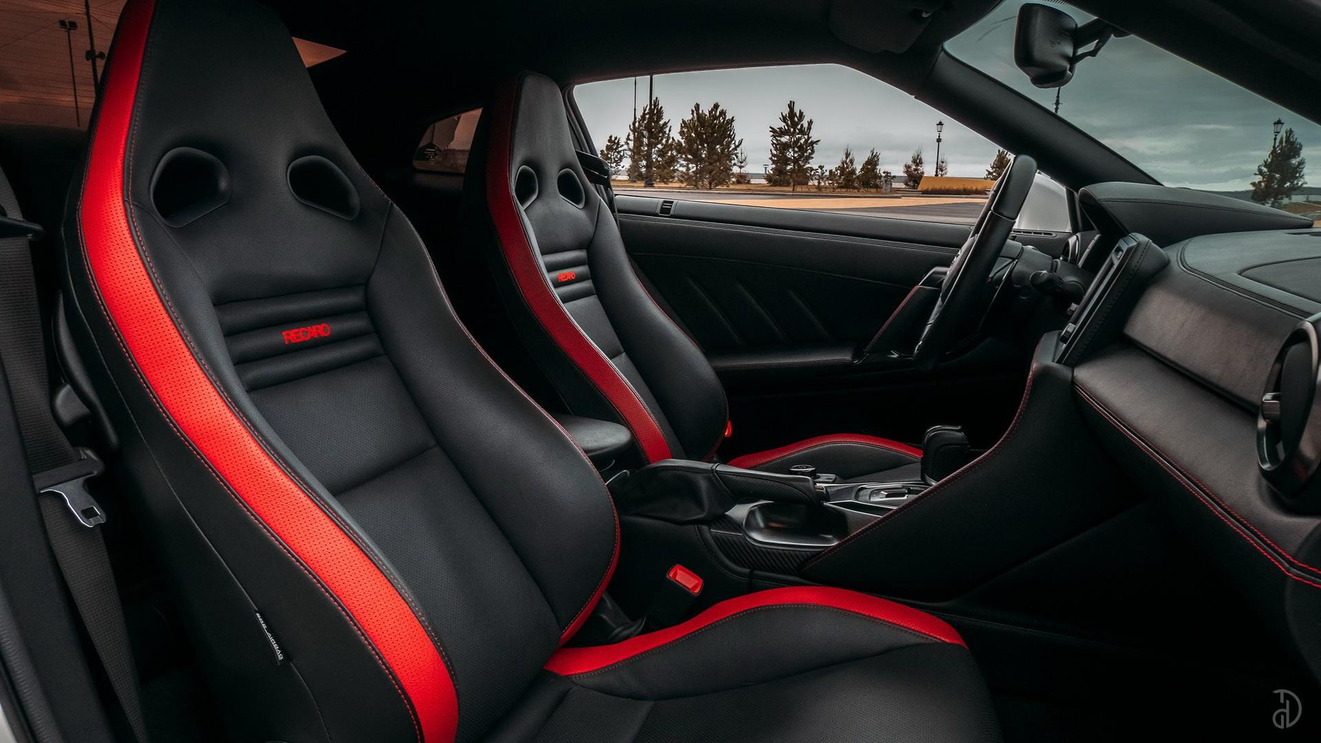 Nissan GTR. Фото 11