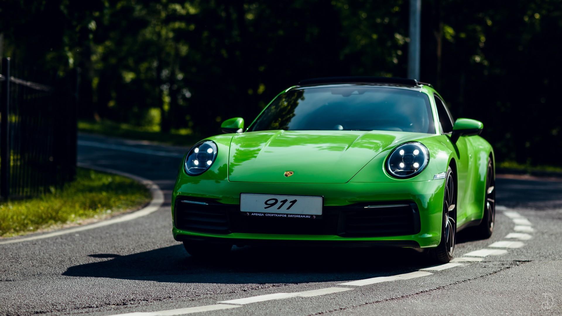 Porsche 911 Carrera 4S 992. Фото 2