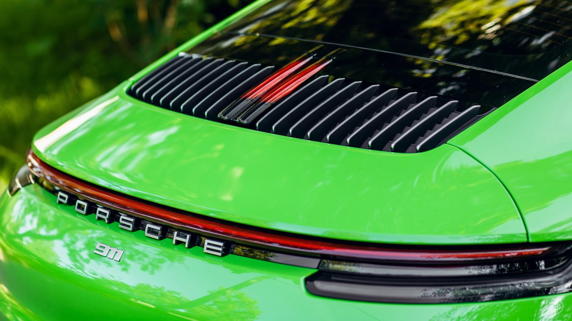 Porsche 911 Carrera 4S 992. Фото 13
