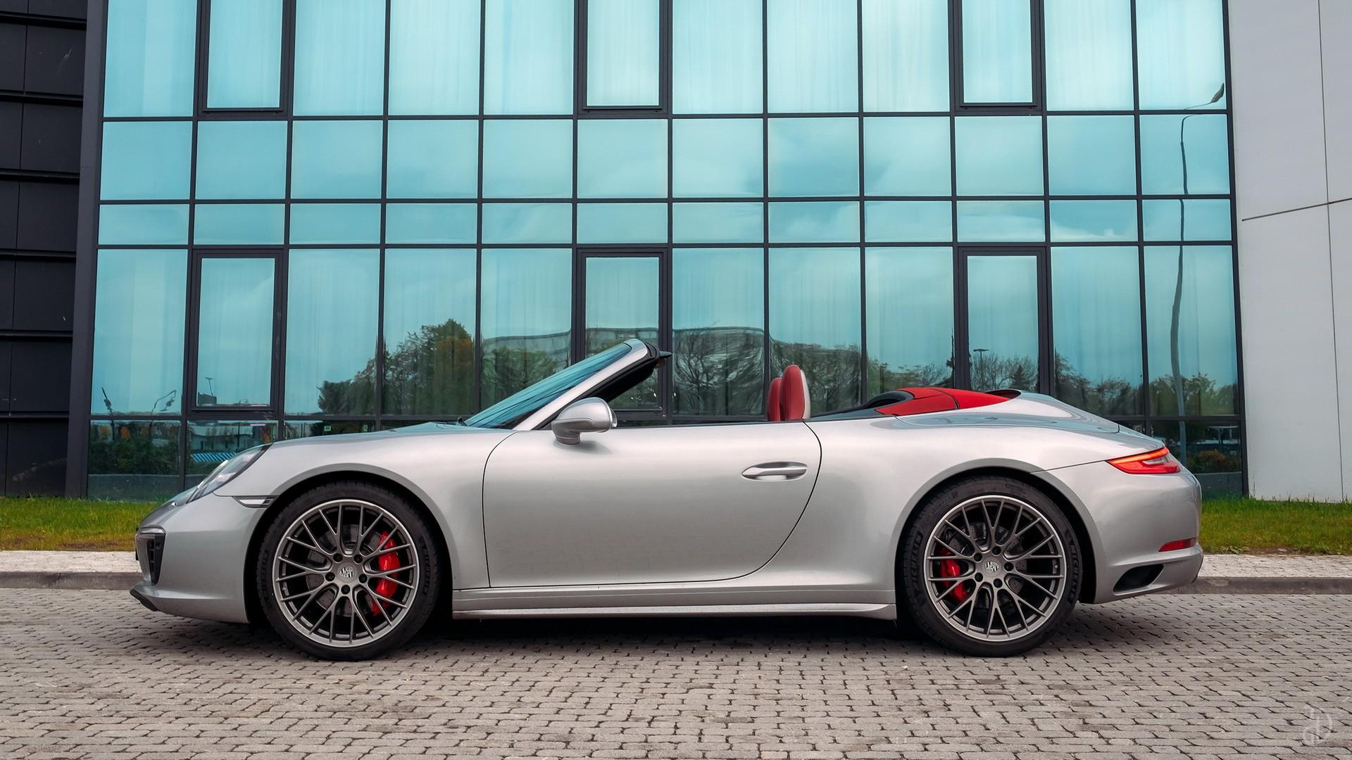 Porsche 911 Carrera 4S Cabriolet. Фото 3