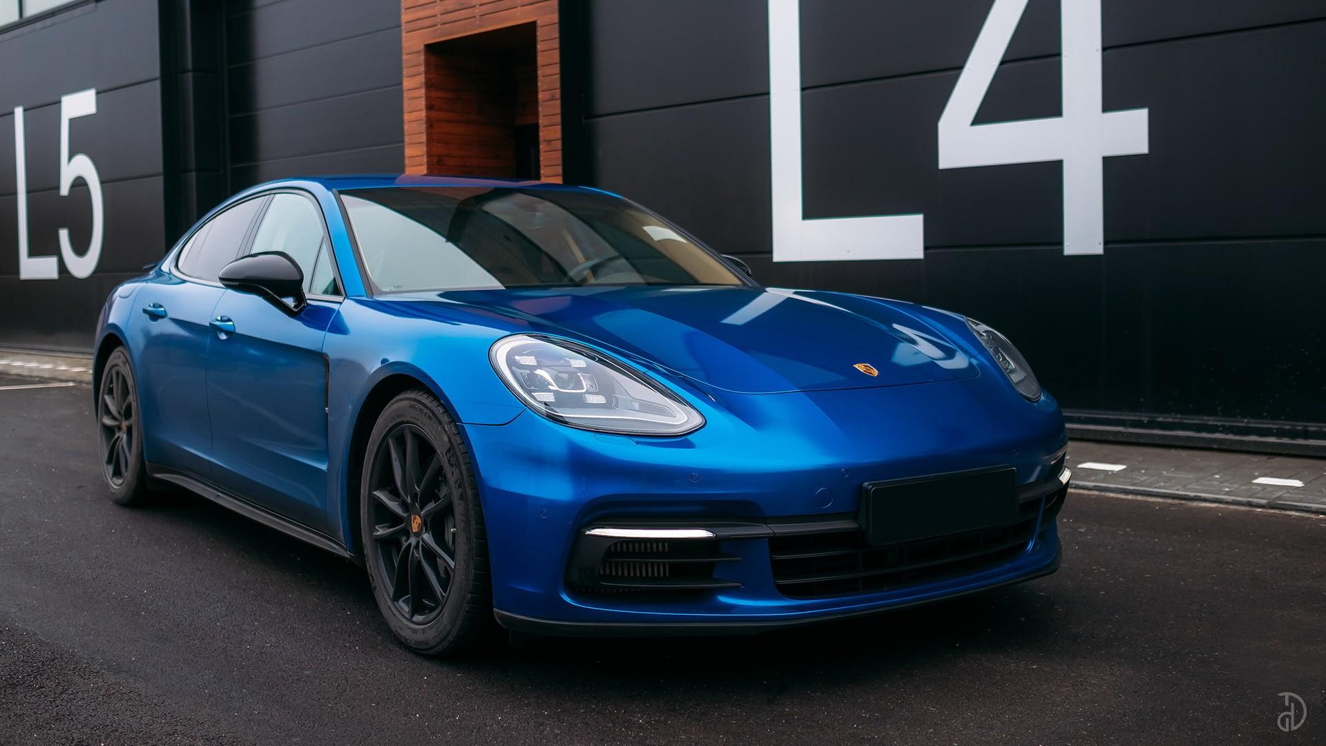 Аренда Porsche Panamera 4S в Сочи. Фото 1