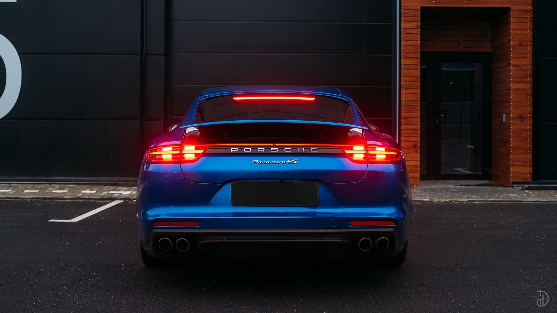 Аренда Porsche Panamera 4S в Сочи. Фото 5