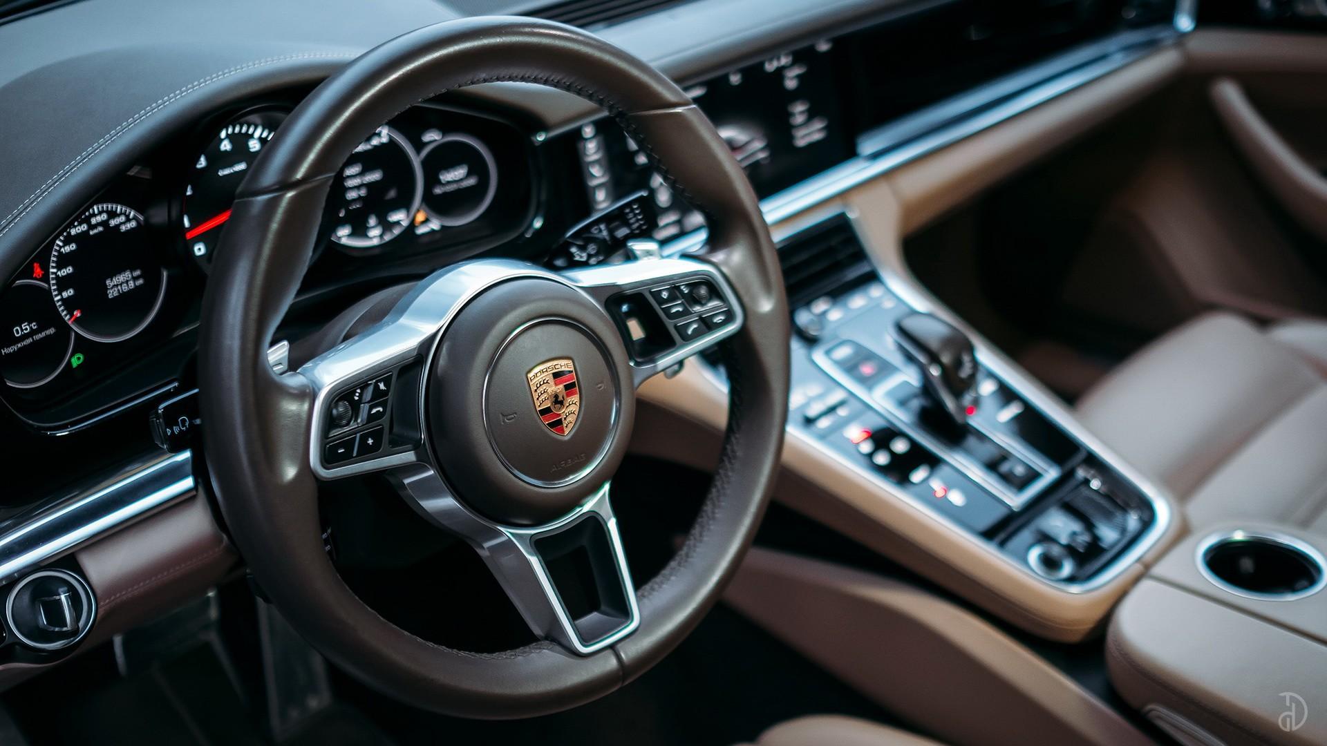 Аренда Porsche Panamera 4S в Сочи. Фото 8