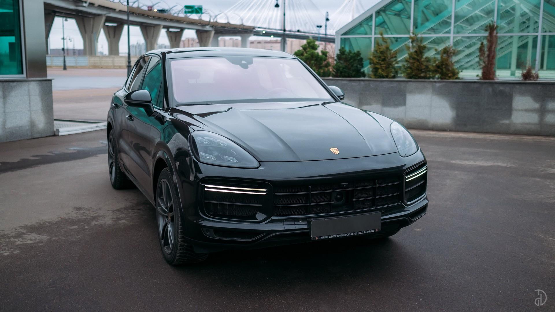 Porsche Cayenne Turbo. Фото 2