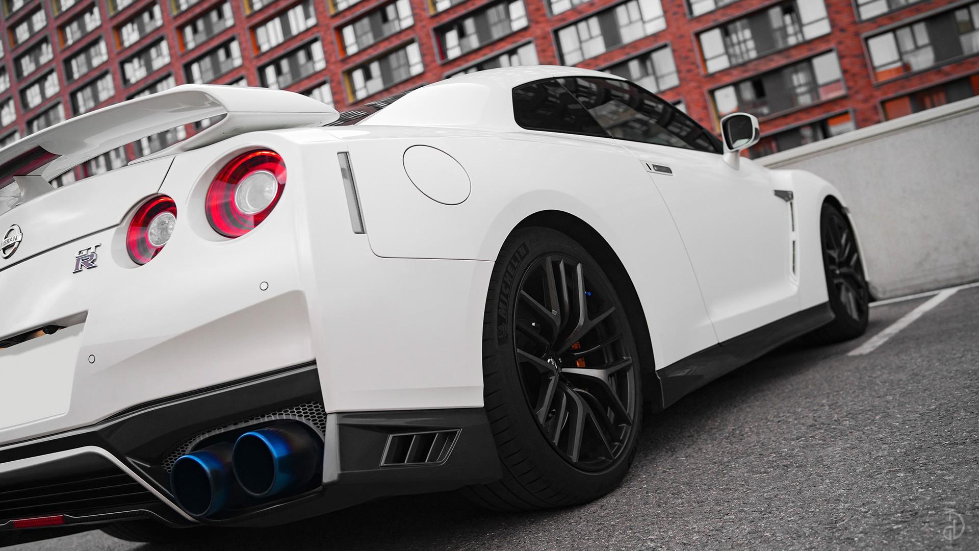 Nissan GTR. Фото 8