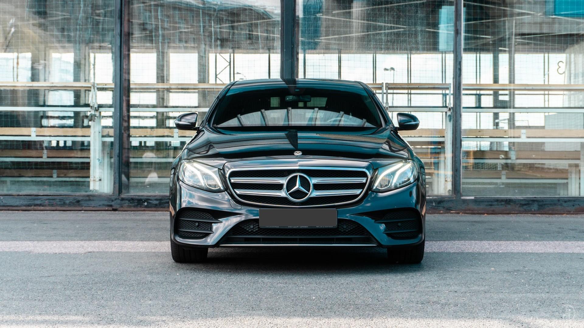 Аренда Mercedes E 200 AMG Style в Сочи. Фото 11