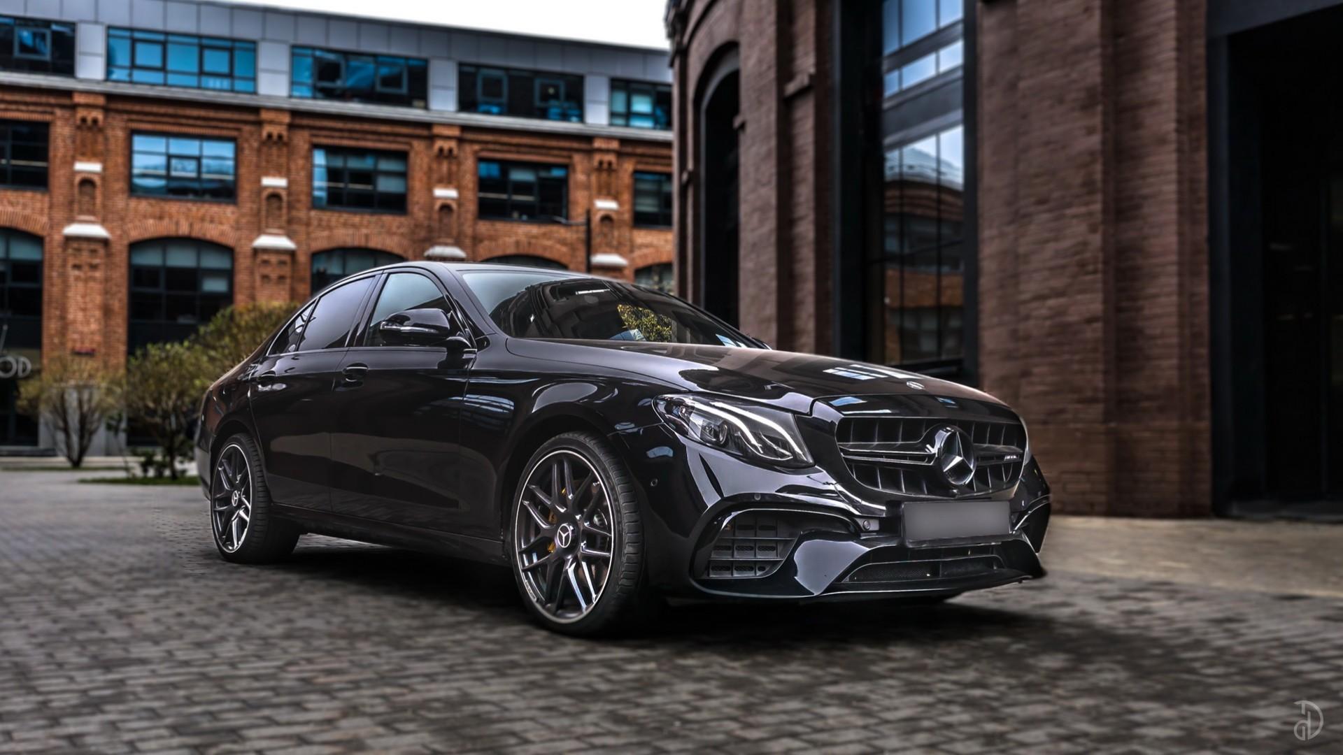 Mercedes E200 (W213) AMG Style. Фото 1