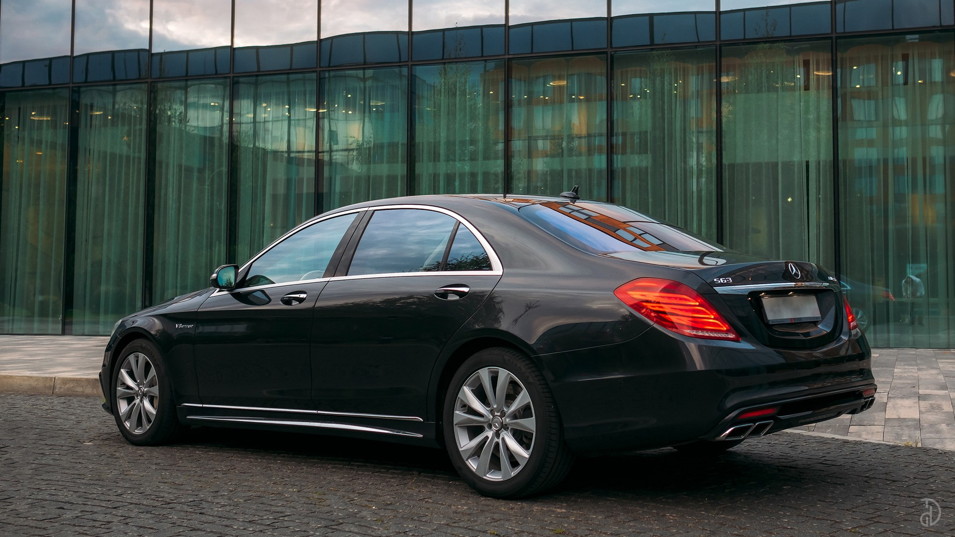 Mercedes S 500 (W222). Фото 3