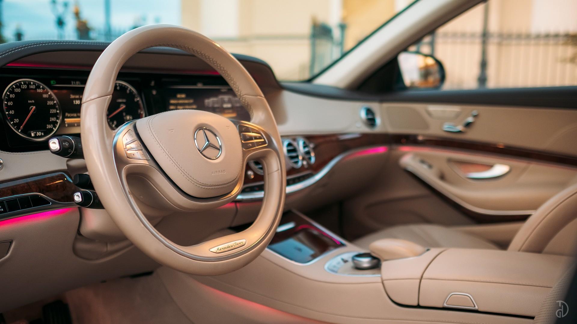 Mercedes S 500 (W222). Фото 13