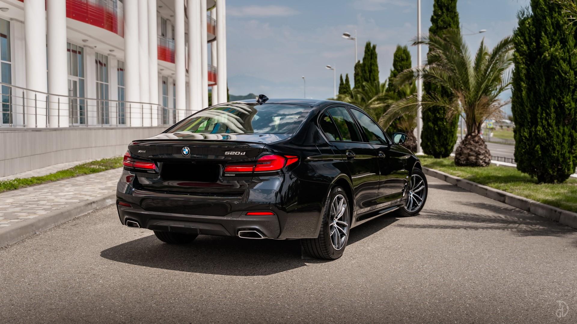 Аренда BMW 520d G30 в Сочи. Фото 5