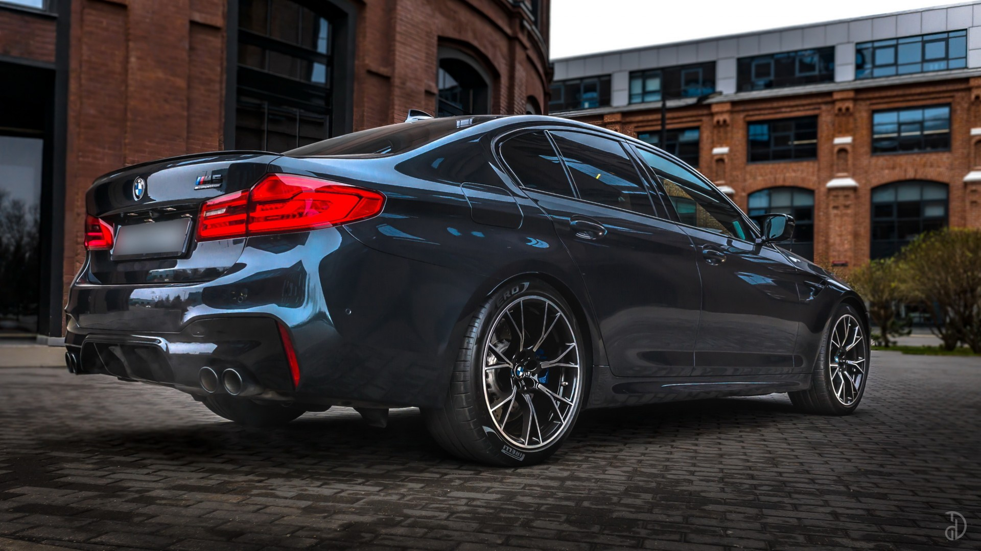 BMW M5 Competition (F90). Фото 5
