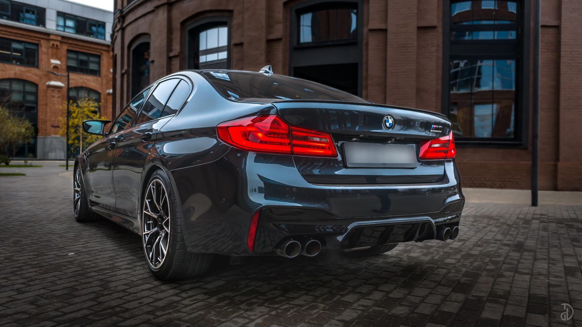 BMW M5 Competition (F90). Фото 6