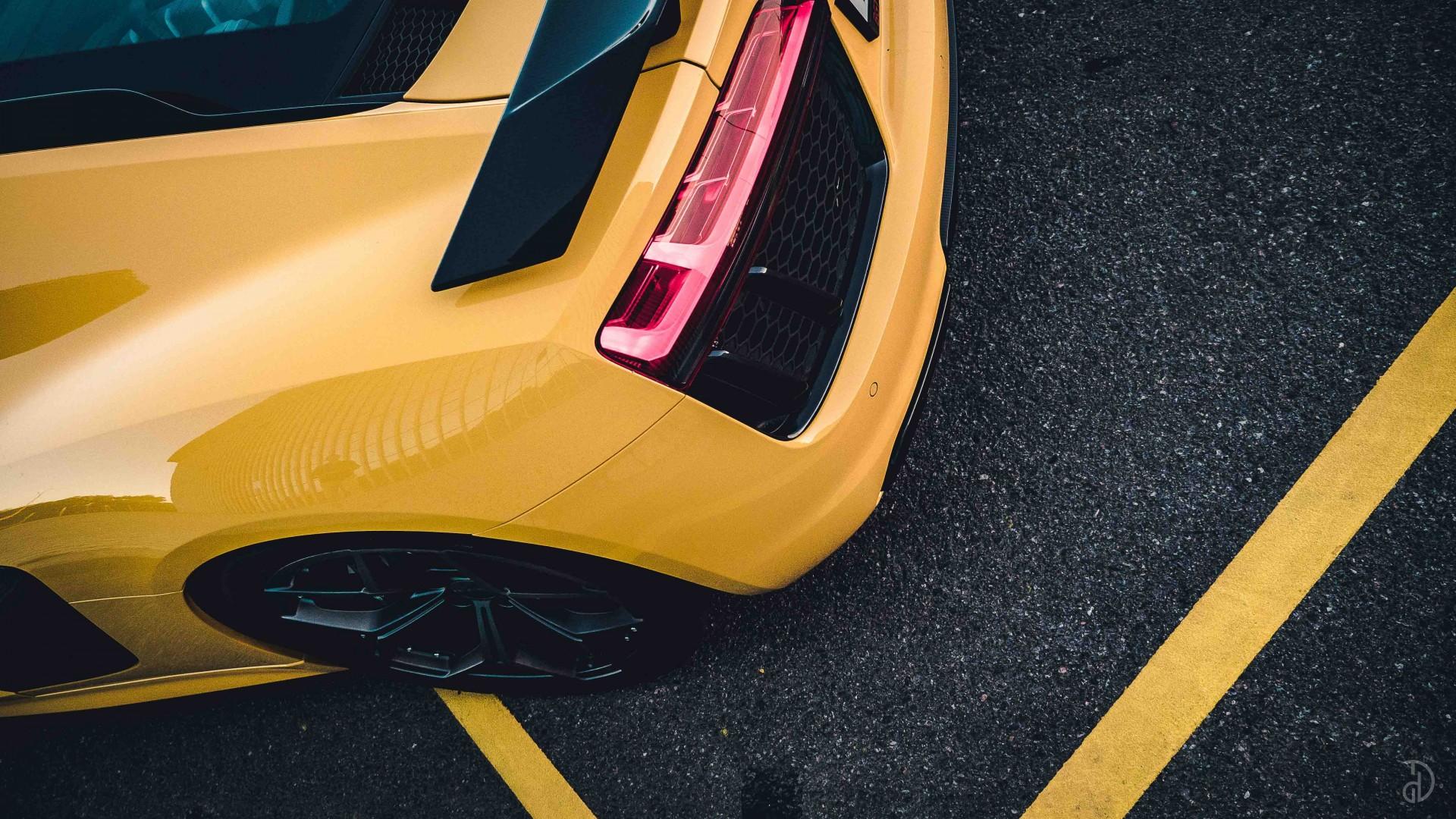 Audi R8. Фото 7