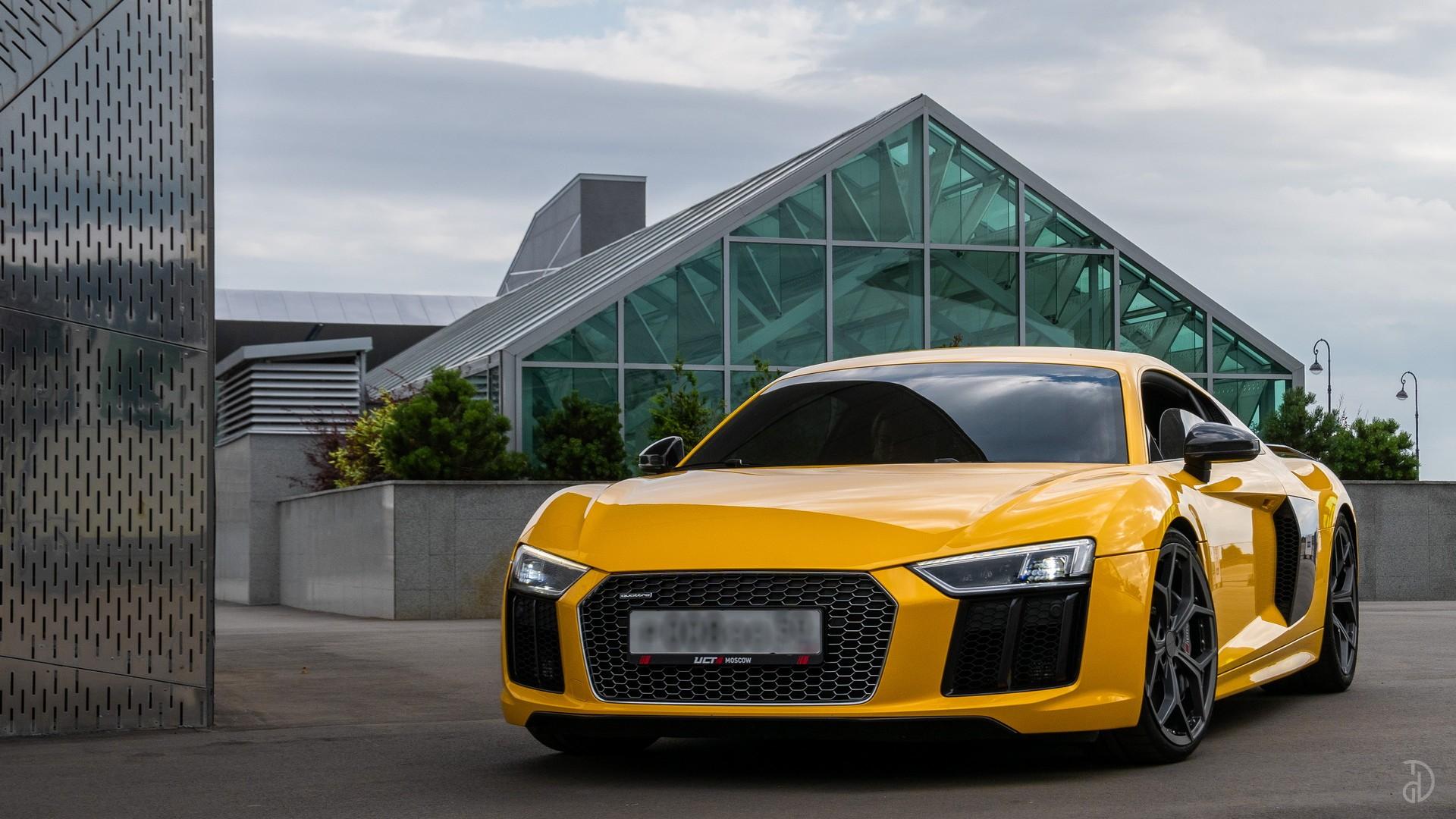 Audi R8. Фото 1