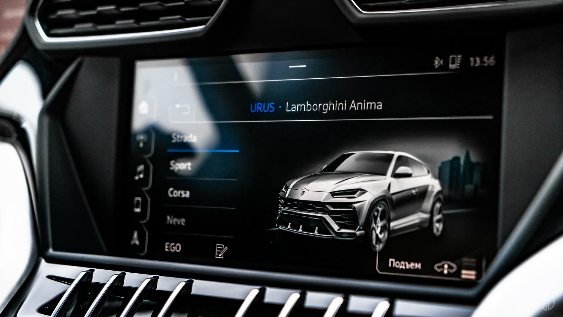 Lamborghini Urus. Фото 6
