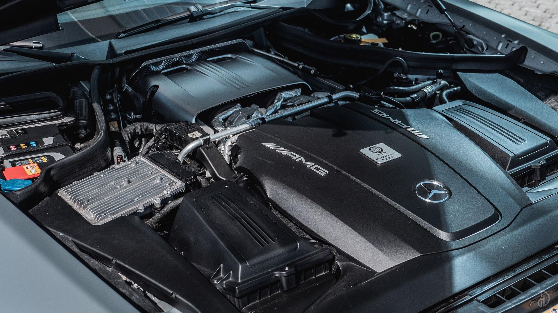 Mercedes AMG GTS. Фото 10