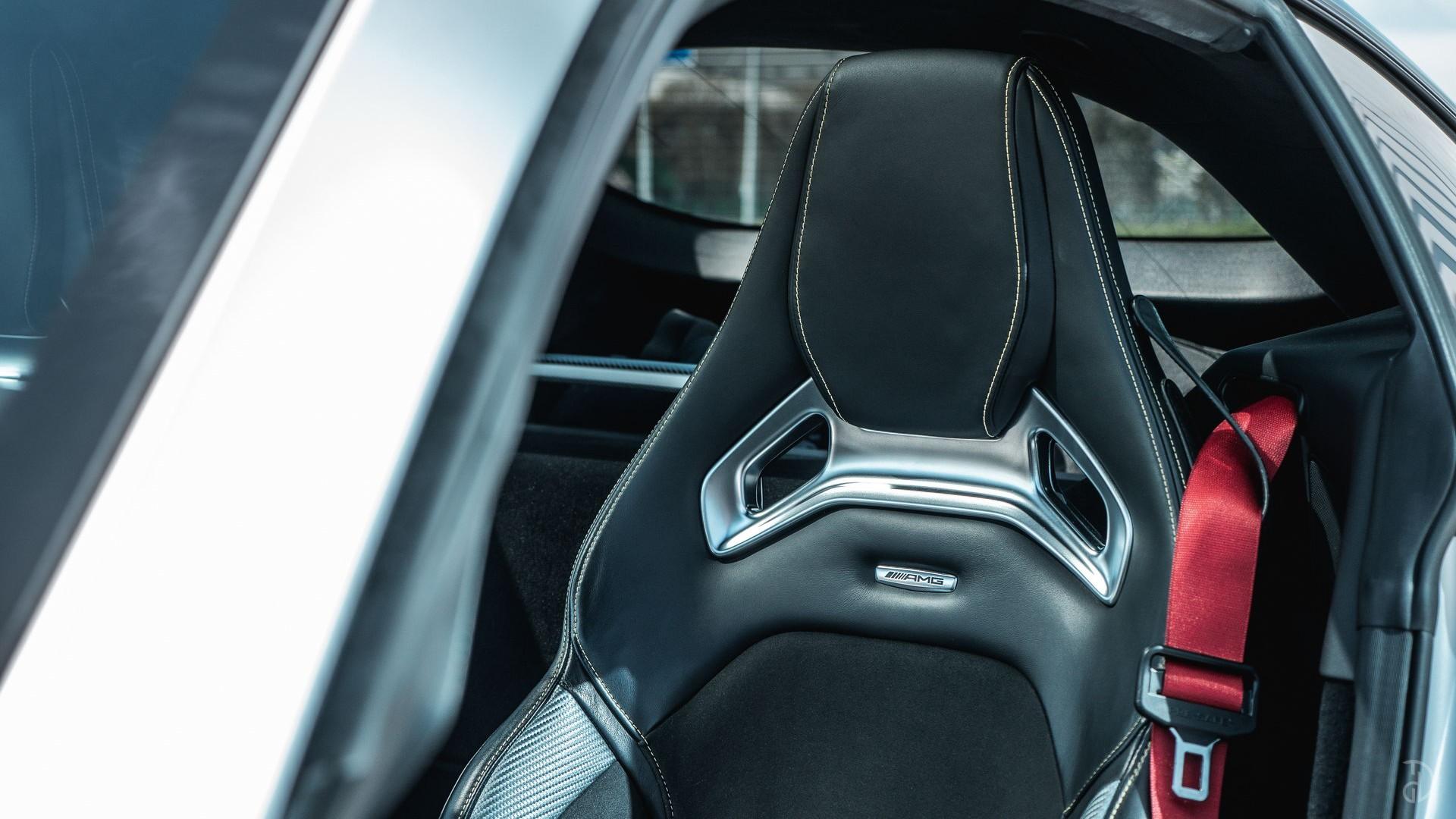 Mercedes AMG GTS. Фото 8