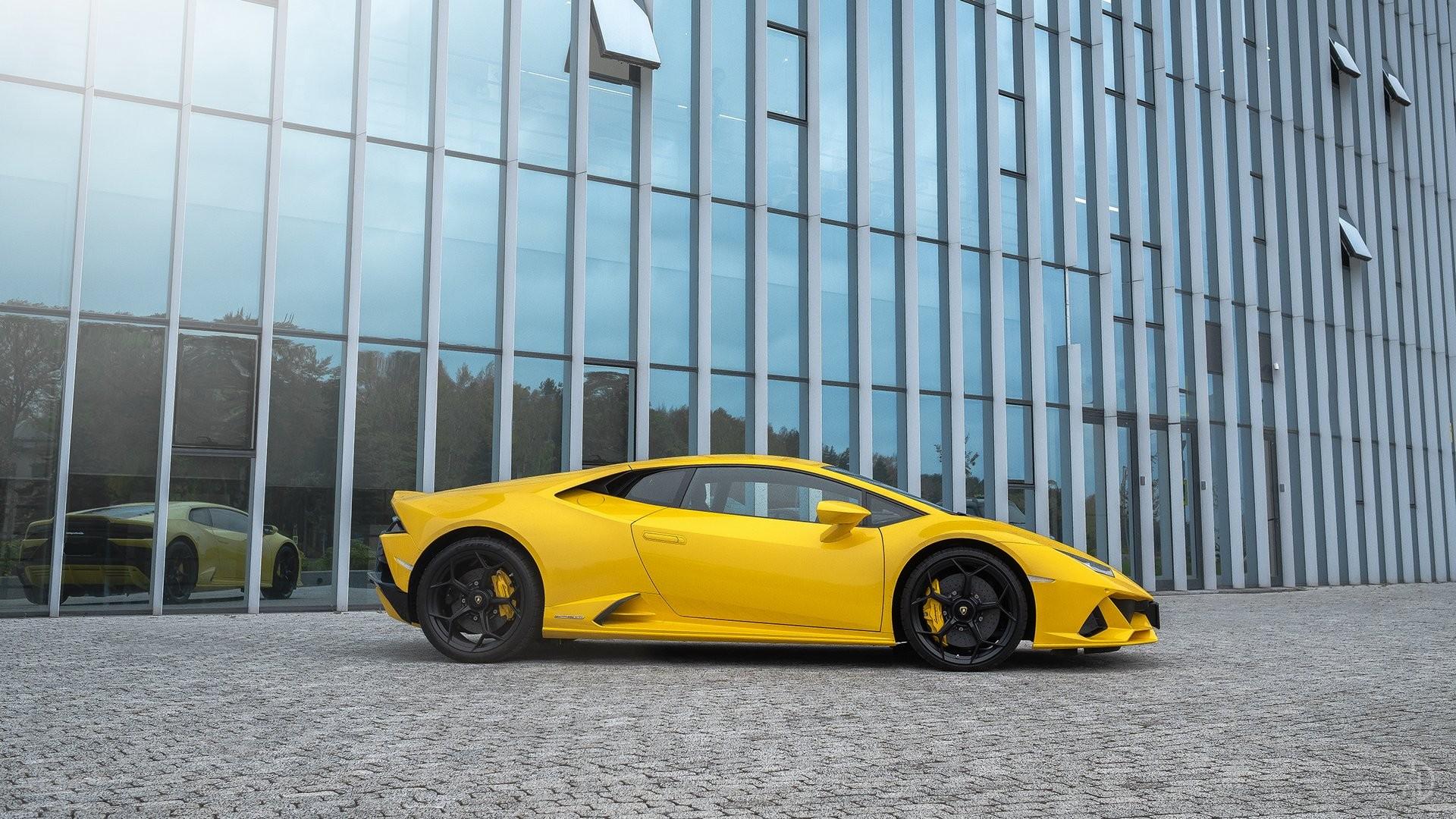 Аренда Lamborghini Huracan Evo в Москве. Фото 2