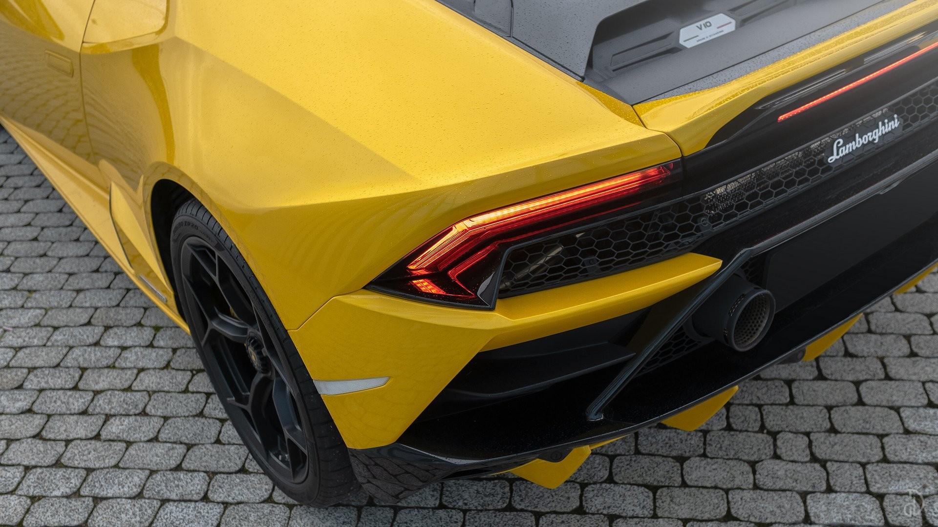 Аренда Lamborghini Huracan Evo в Сочи. Фото 8