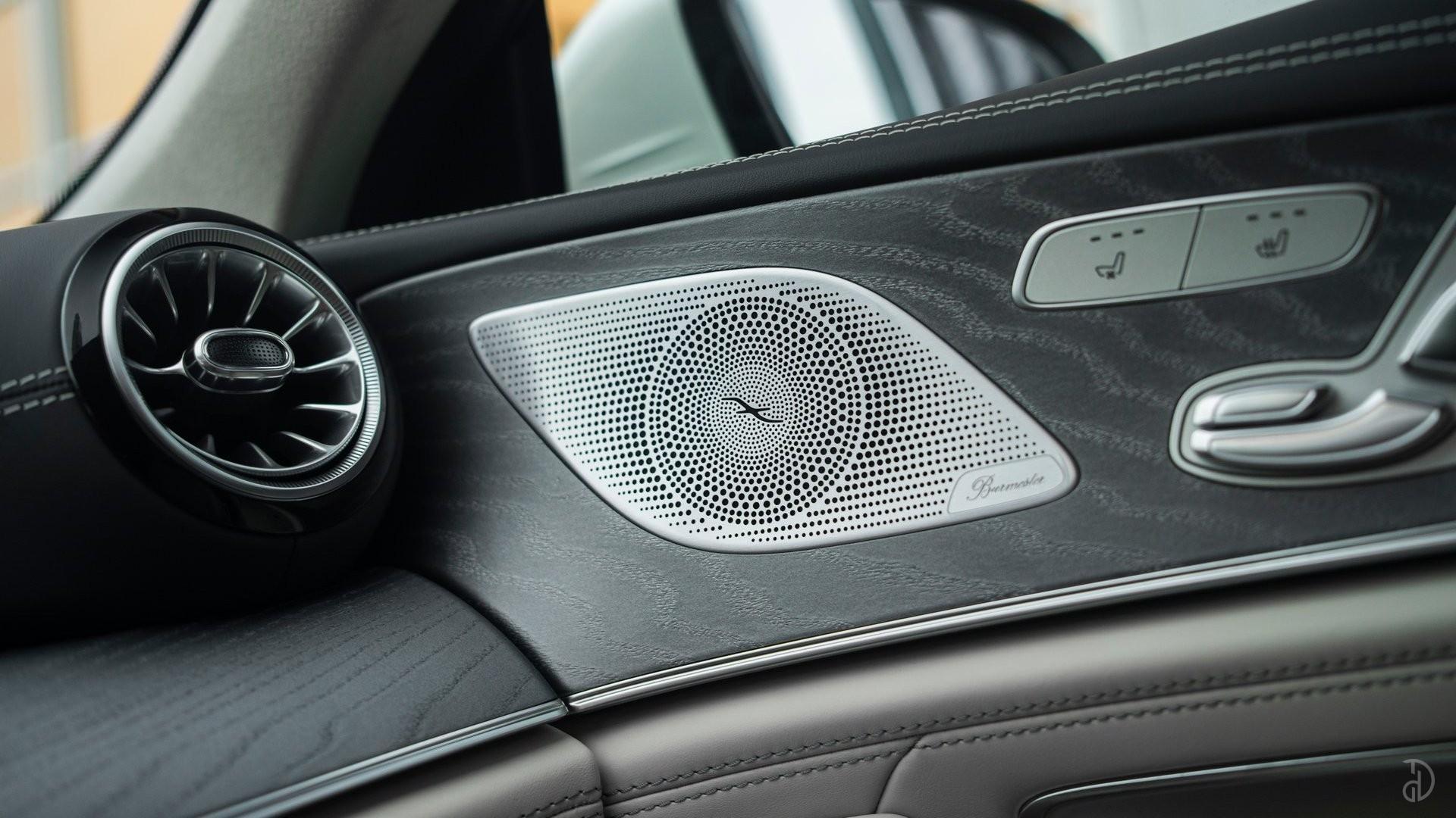 Аренда Mercedes-Benz AMG GT 63s 4 дв. купе. Фото 13