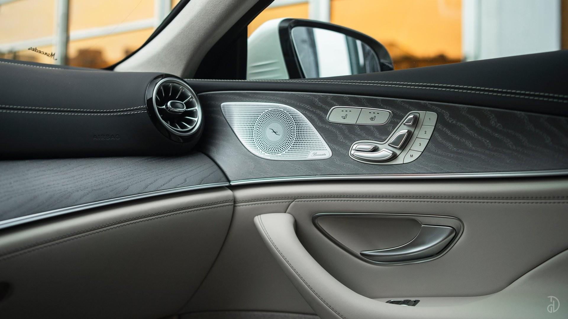 Аренда Mercedes-Benz AMG GT 63s 4 дв. купе. Фото 18