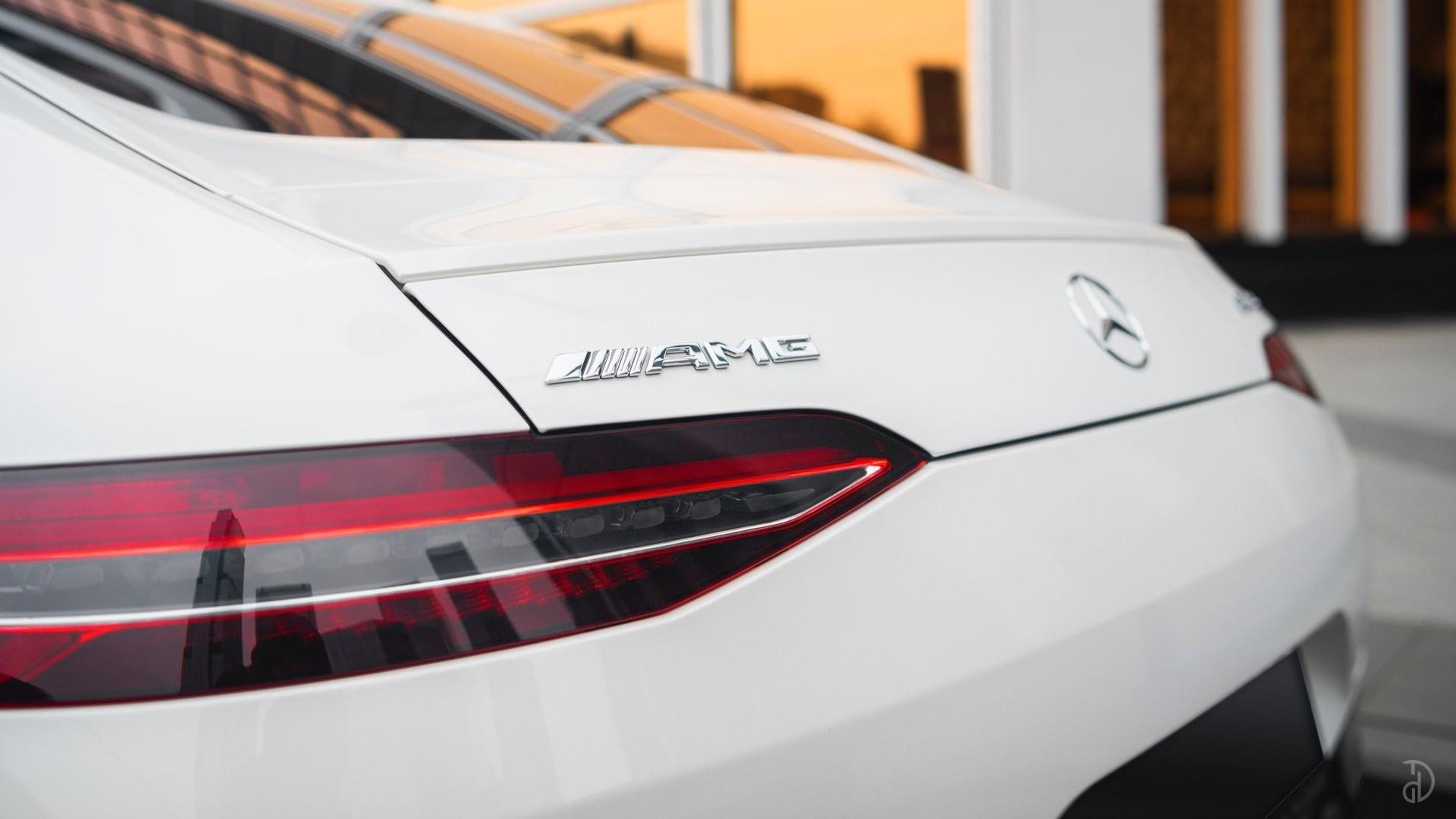 Аренда Mercedes-Benz AMG GT 63s 4 дв. купе. Фото 25