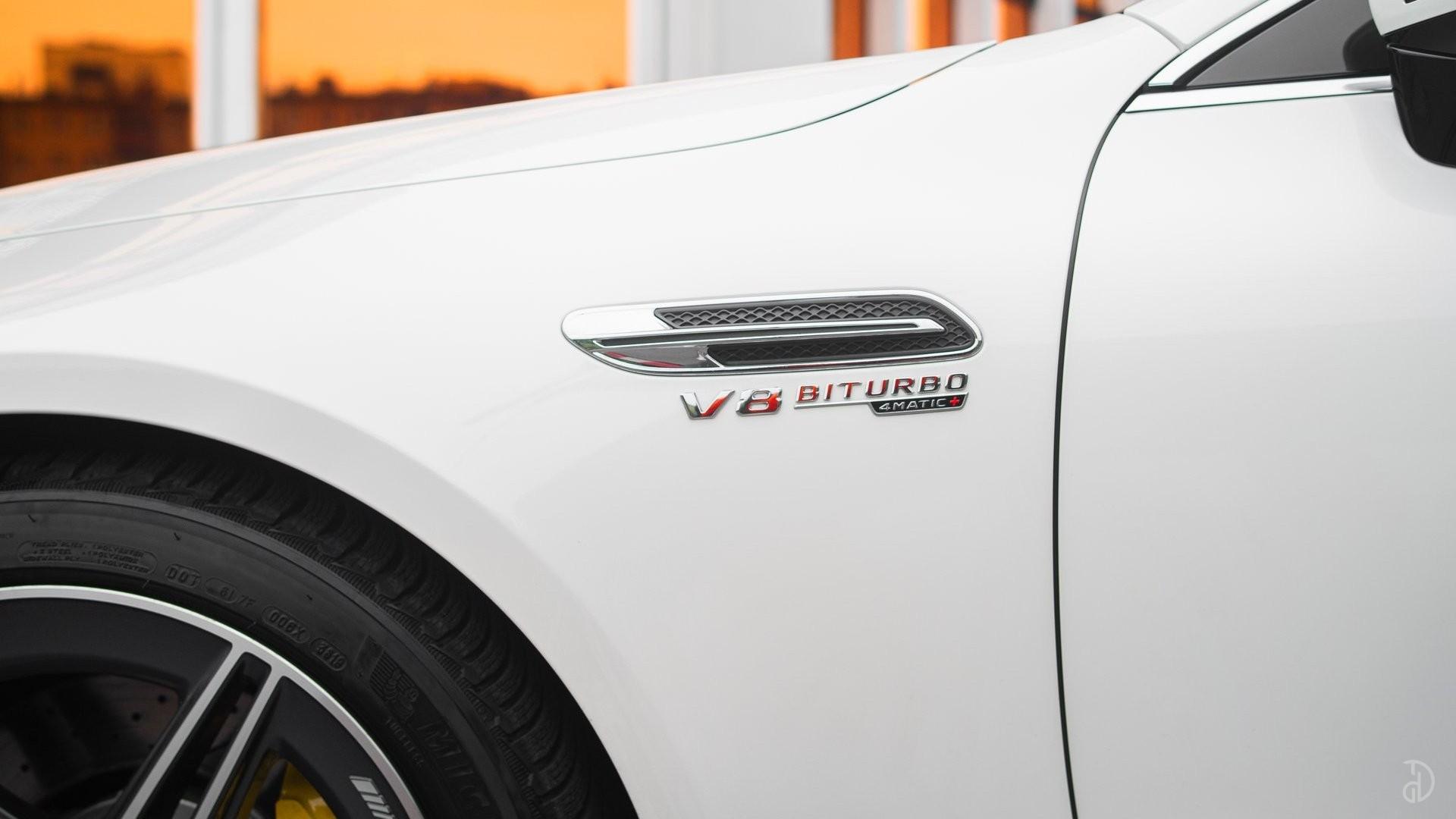 Аренда Mercedes-Benz AMG GT 63s 4 дв. купе. Фото 27