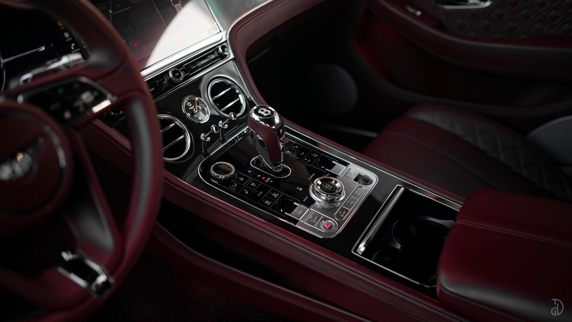 Аренда Bentley Continental GT 2020 в Сочи. Фото 18