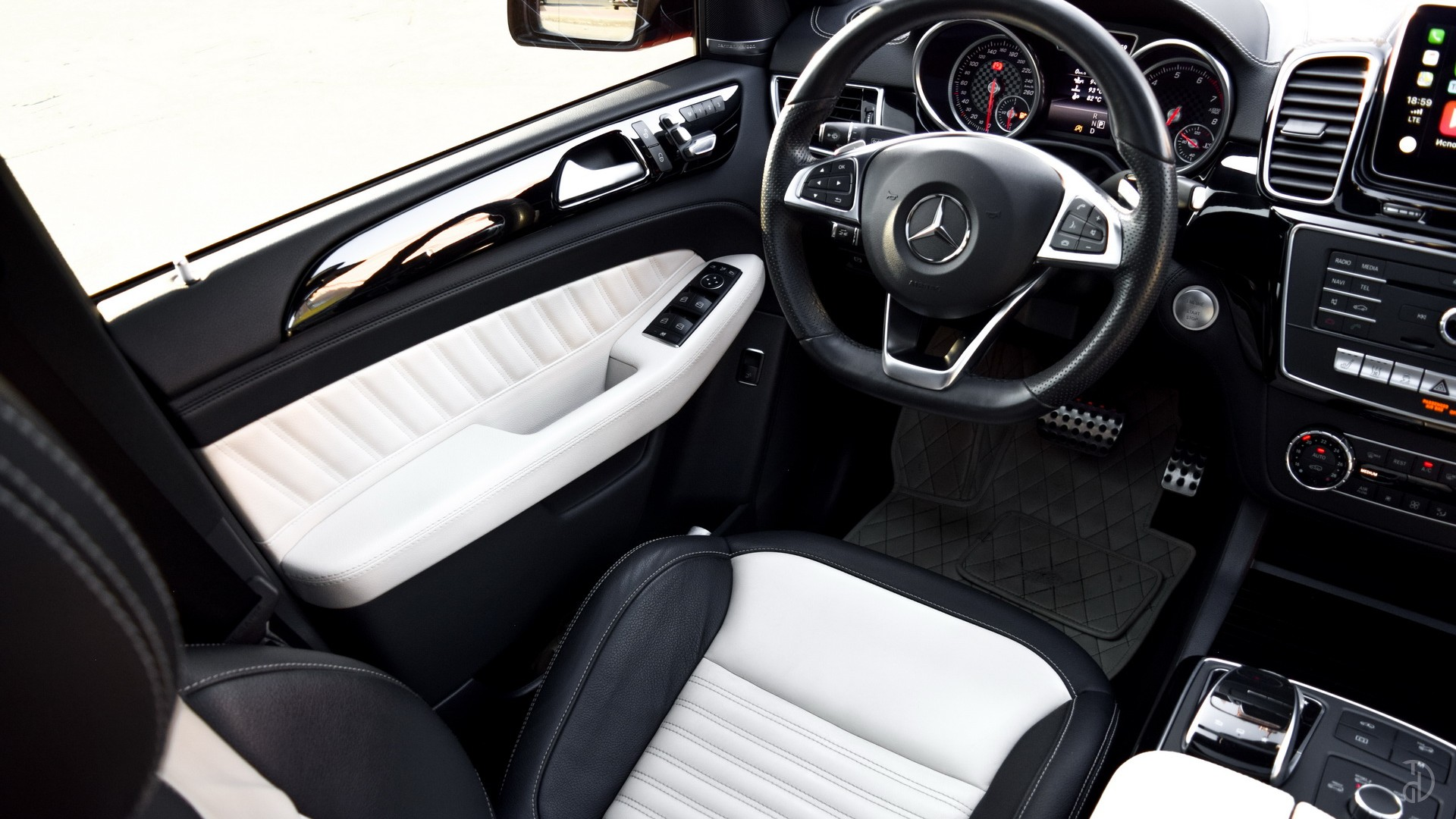 Аренда Mercedes GLE 43 AMG в Сочи. Фото 11